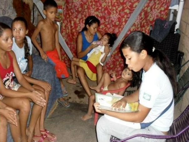 Leituras para a família (Foto: Divulgação/ Escola Munipal Casa Meio Norte)