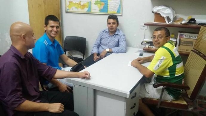 parceria timbaúba cabense (Foto: Reprodução / Facebook)