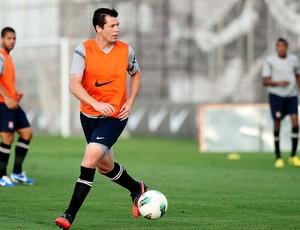 Anderson Polga no treino do Corinthians (Foto  Marcos Ribolli    Globoesporte.com) c70fd7e5ac28a