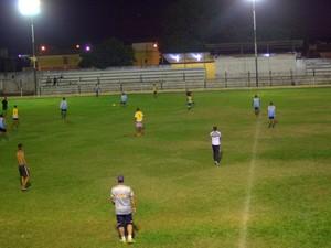 Apesar das dificuldades financeiras, equipe segue trabalhando (Foto: Pirapora FC/Divulgação)