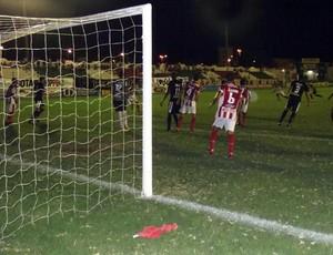 botafogo-pb vence o esporte de patos por 2 a 1 (Foto: Damião Lucena)