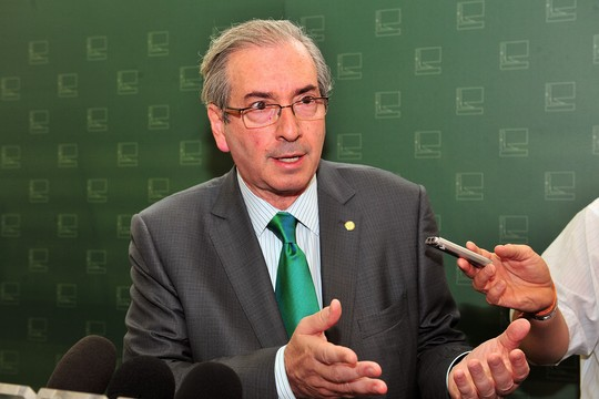 Presidente da Câmara, dep. Eduardo Cunha (PMDB-RJ) fala sobre a concessão de passagens aéreas para as esposas de parlamentares  (Foto: Rodolfo Stuckert/Câmara dos Deputados)