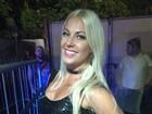 Ex- BBB Antonella curte Carnaval solteira: 'Tentado arrumar alguém'