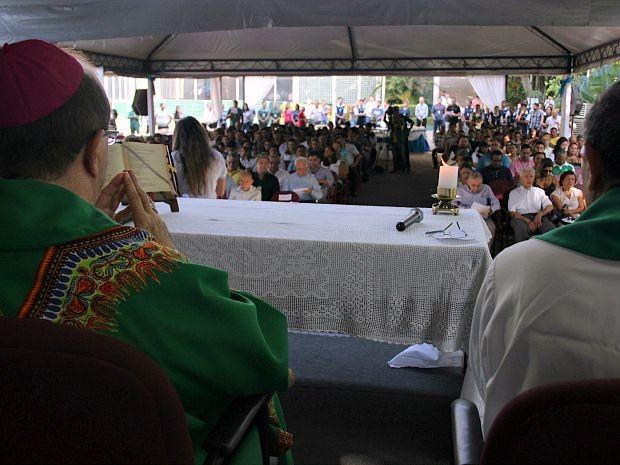 Funcionários e convidados se reuniram para celebrar os 43 anos da Rede Amazônica  (Foto: Katiúscia Monteiro/ Rede Amazônica)