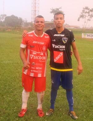 Peixe e Tanaka (Foto: Júnior Freitas)