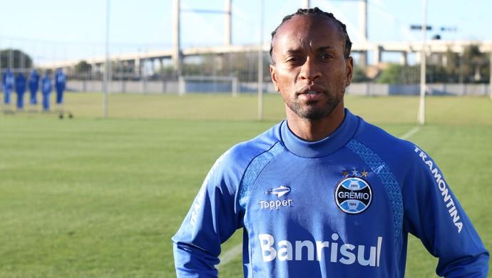 2c2ccdef8c Zé Roberto voltou a atuar como lateral-esquerdo (Foto  Diego Guichard)