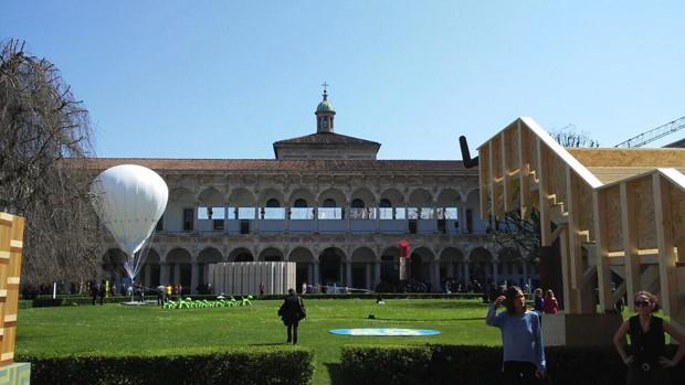 A exposição Brazil S/A acontece na Università Degli Studio di Milano, mesmo local utilizado pela Interni, organizadora do FuoriSalone, para receber outras instalações (Foto: Stephanie Durante/Editora Globo)