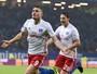 Walace é reserva, Hamburgo vence Leverkusen e deixa a zona da degola