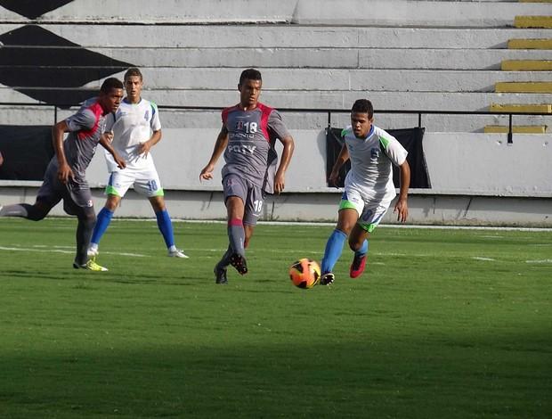 santa cruz jogo-treino (Foto: Daniel Gomes / GloboEsporte.com)