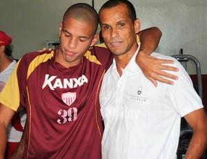 Rivaldo e Rivaldinho (Foto: Geraldo Bertanha/ Mogi Mirim)