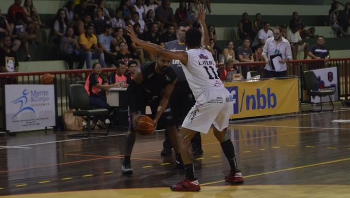 Santos-AP; Contagem; Liga Ouro  (Foto: Rafael Moreira/GE-AP)