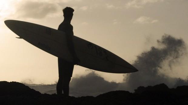 alerta ondas gigantes ep1 (Foto: divulgao)