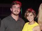 Isabella Santoni aparece com novo namorado em evento na Bahia