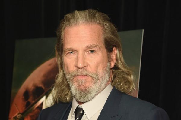 Ao interpretar Otis Blake em 'Coração Louco', todos puderam presenciar o talento musical de Jeff Bridges, mas poucos sabiam que ele é mesmo um cantor de country (Foto: Getty Images)
