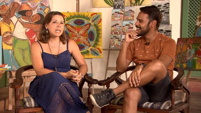 Silvana Oliveira e Pablo Vasconcelos batem um papo sobre o livro (Foto: TV Bahia)