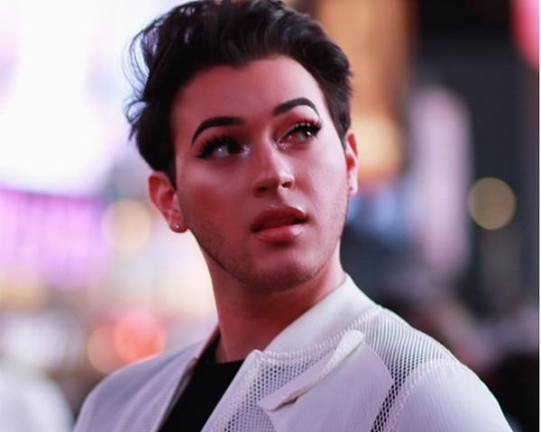 Manny Gutierrez, blogueiro de beleza (Foto: Reprodução Instagram)