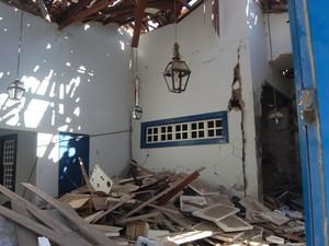 Com explosão, agência do Banco do Brasil ficou destruída (Foto: Sayonara Trindade / VC no G1)
