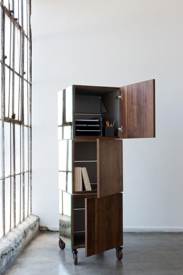 O módulo que é um armário, um bar e um quadro de avisos (Foto: Divulgação)