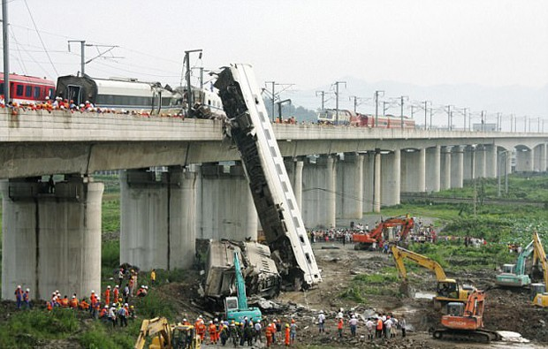 China relança o trem bala mais rápido do mundo, que chega a 400 km/h (Foto: © Kyodo News via Getty Images)