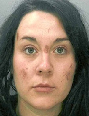 Emily Goode foi condenada a 27 meses de cadeia. (Foto: Reprodução)