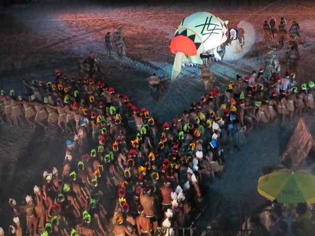 800 atores fazem parte do elenco da peça (Foto: Anna Gabriela Ribeiro/G1)