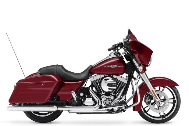 Harley Davidson Street Glide Special (Foto: Divulgação)