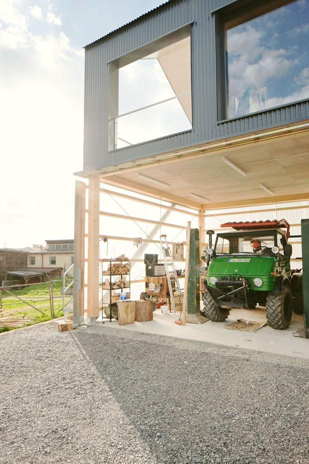 Casa com garagem para caminh o casa vogue casas for Casa in cima al garage