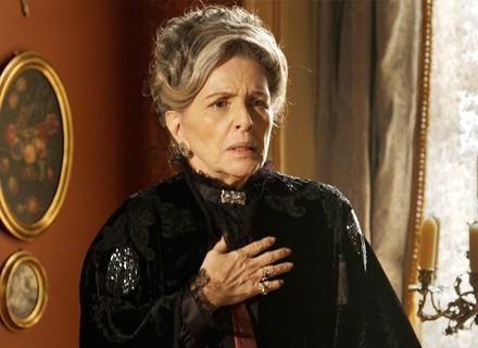 Vitória passa mal ao descobrir que Bernardo está por perto