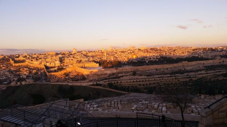 Vista da cidade de Jerusalém do Monte das Oliveiras (Foto:  George Busby)