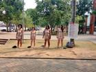 No AC, atrizes ficam nuas em praça para discutir objetificação da mulher