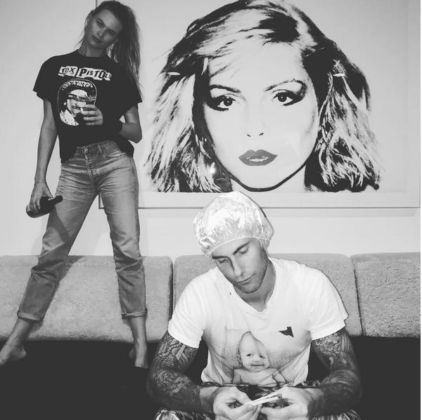 O músico Adam Levine e a modelo Behati Prinsloo (Foto: Instagram)