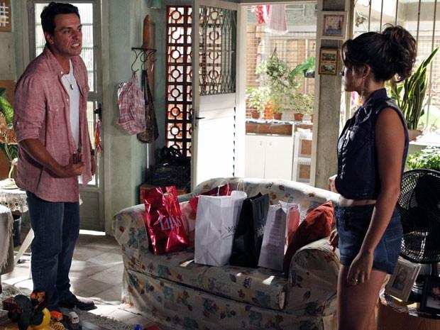 Théo pôe fim ao noivado com Morena (Foto: Salve Jorge / TV Globo)