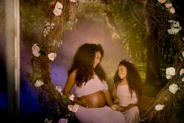 Negra Li faz ensaio com filha e marido (Foto: Lidi Lopez/Divulgação)