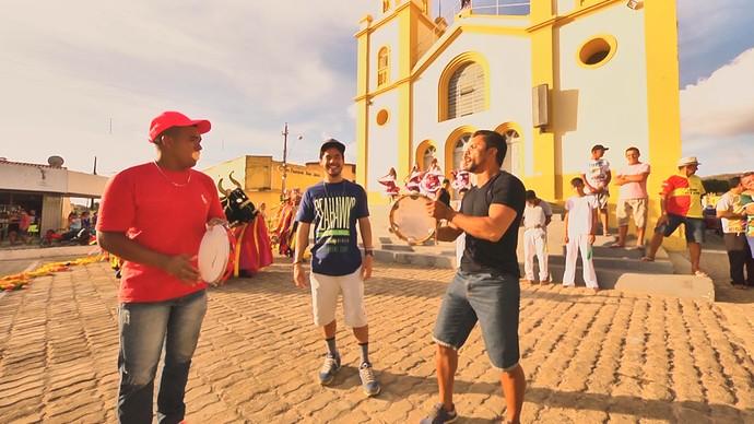 Coveiro de Campestre mostra que é bom de rima (Foto: André Luiz)