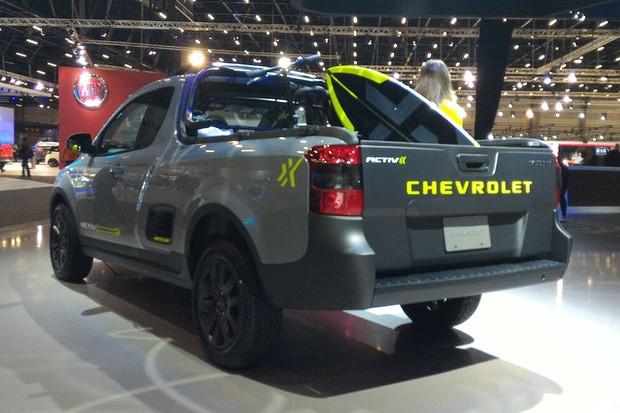 Chevrolet Montana Activ no Salão do Automóvel 2016 (Foto: Gustavo Maffei/Autoesporte)