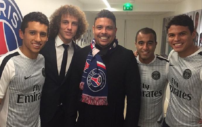 Ronaldo com Marquinhos, David Luiz, Lucas e Thiago Silva no PSG (Foto: Reprodução/Instagram)