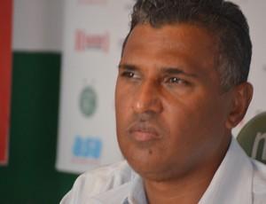 Paulo Pereira técnico interino Guarani (Foto: Murilo Borges)