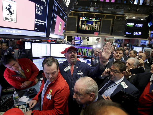 Ações da Ferrari começam a ser negociadas na Bolsa de NY (Foto: AP Photo/Richard Drew)