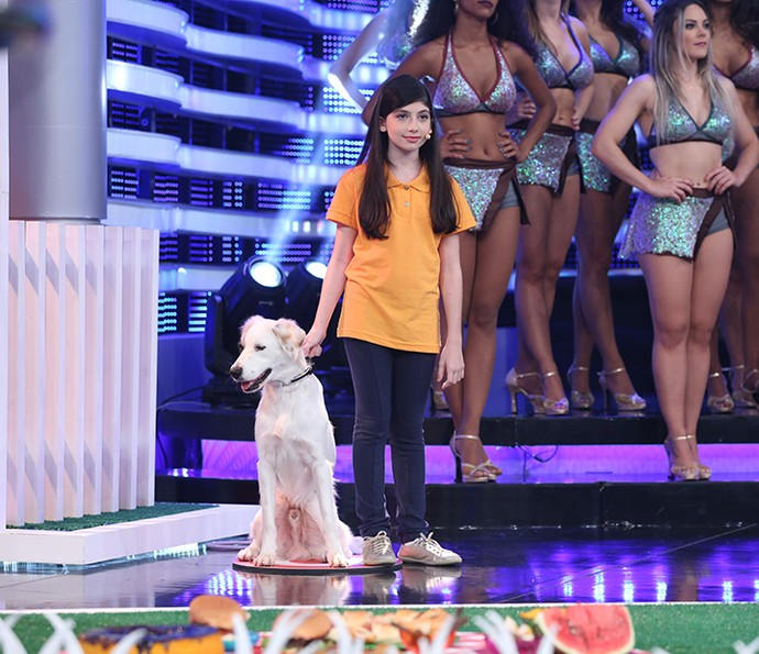 Luana Mábile e Guli gostaram da bricadeira no palco (Foto: Carol Caminha/Gshow)