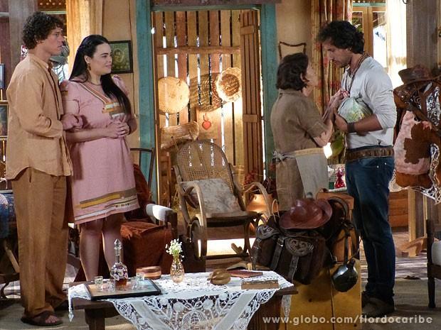 Veridiana manda recado para a filha (Foto: Flor do Caribe / TV Globo)