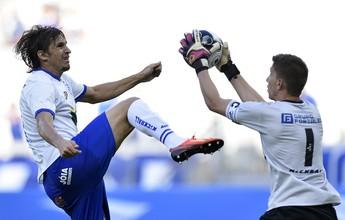 Milagre contra o Cruzeiro vence enquete de defesa mais incrível