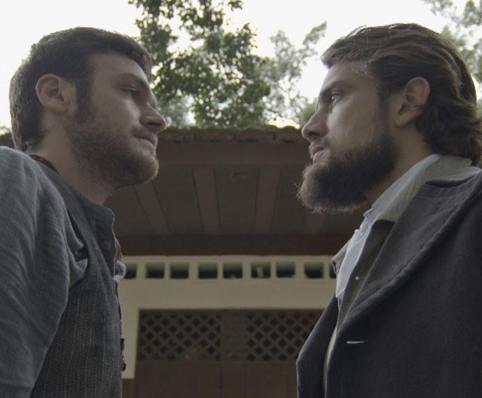 Felipe e Pedro se enfrentam (Foto: TV Globo)