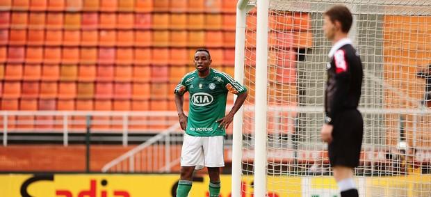 Obina Palmeiras x Atlético-GO (Foto: Marcos Ribolli / Globoesporte.com)