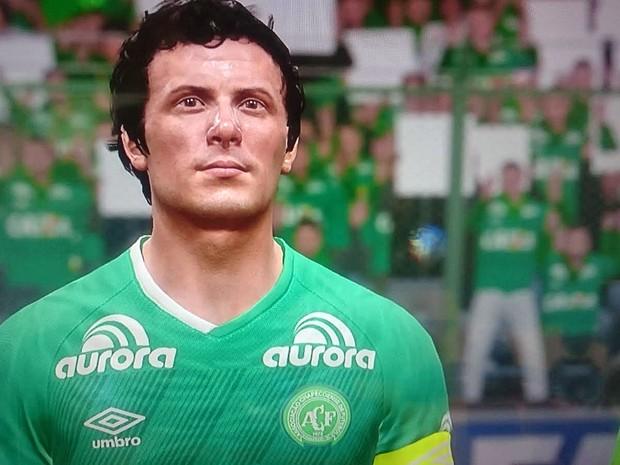 'Fifa 17' homenageia a Chapecoense com uniforme e escudo do time no modo Ultimate Team (Foto: Reprodução/EA Sports)
