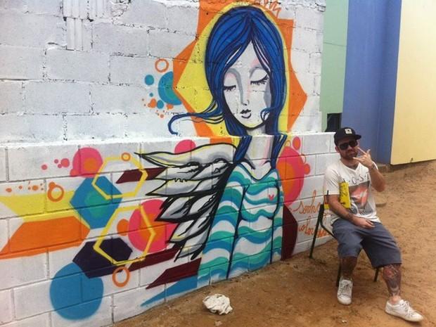 Anjos são tema de pinturas de Driin (Foto: José Eduardo Bontempo/Arquivo pessoal)