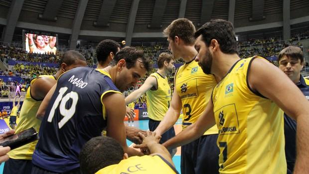 Mário Junior, no jogo contra os Estados Unidos (Foto: Divulgação/FIVB)