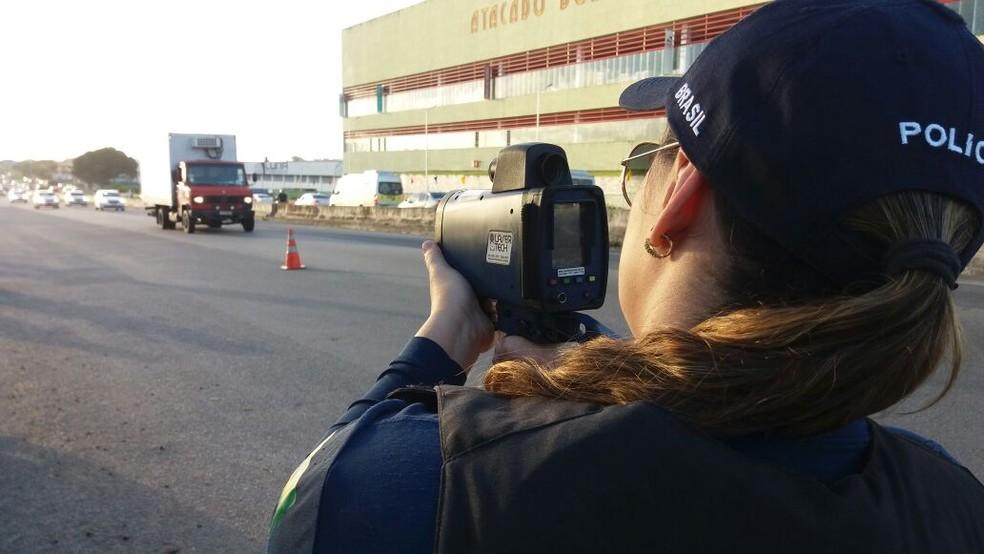 Radares foram usados parea tentar coibir excesso de velocidade (Foto: Ascom/PRF)