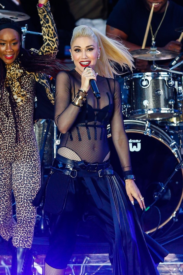 Gwen Stefani se apresenta em Nova York, nos Estados Unidos (Foto: AKM-GSI/ Agência)