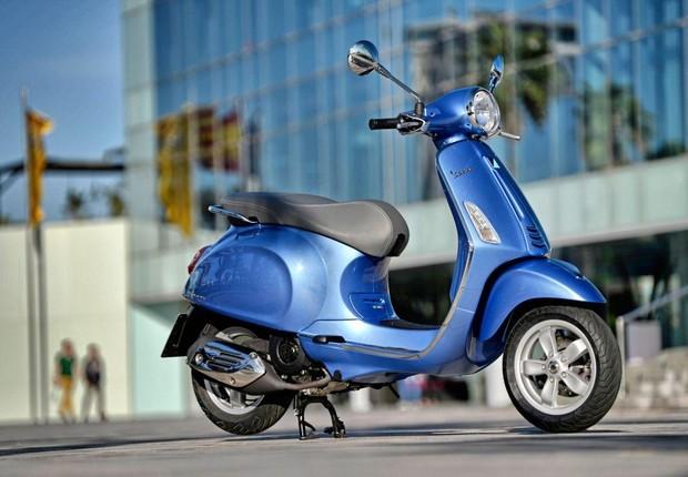 Scooter italiana Vespa será vendida no Brasil