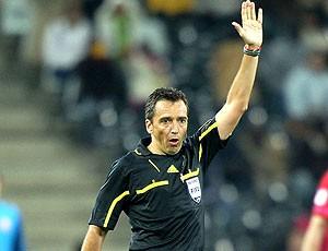 Jorge Larrionda jogo Austrália x Sérvia